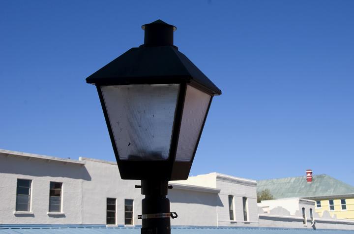 dsc_2333-lamppost.jpg