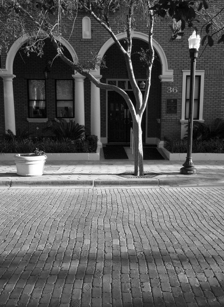dsc_7578-brick-street-and-t.jpg