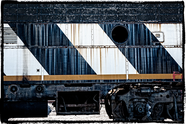 _DSC5958-train-shapes