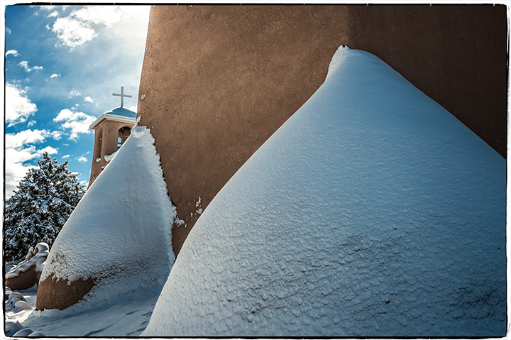 _DSC8009-snowy-buttresses