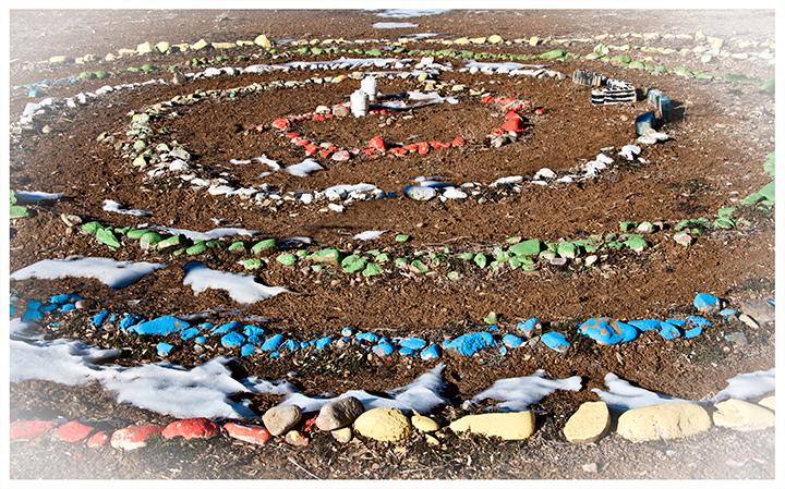 _DSC8327-schoolyard-labyrinth