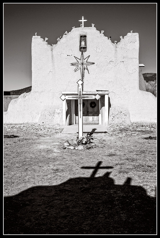 _DSC8571-picuris-church-at-christmas