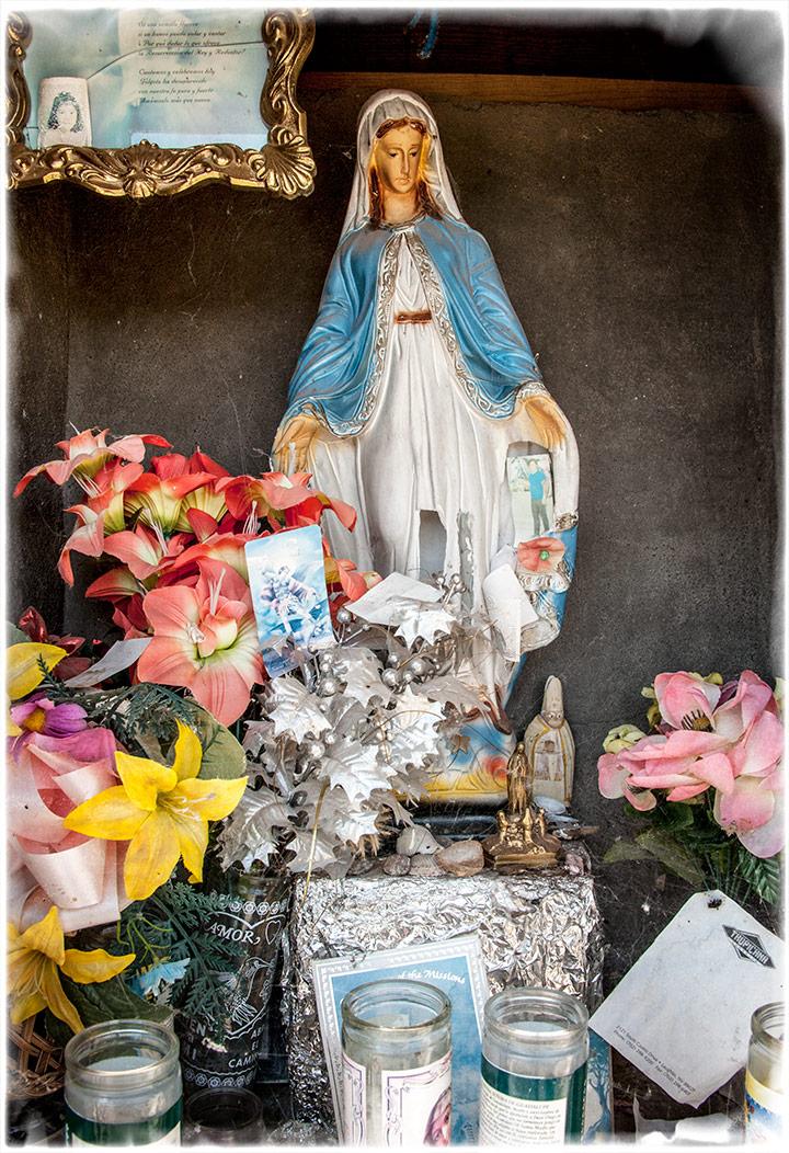 _DSC3346-virgin-mary-shrine-altar
