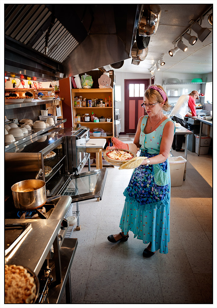 _DSC2548-the-pie-lady-of-pie-town