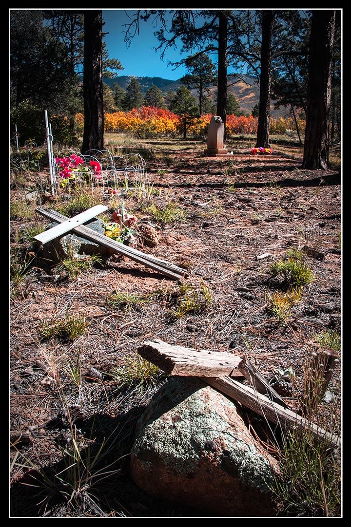 _DSC6087-autumn-cemetery