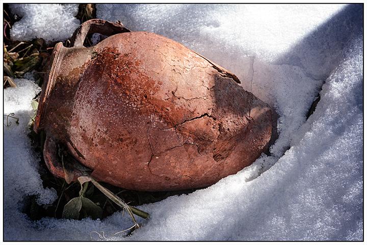 DSC_2743-cracked-clay-jug