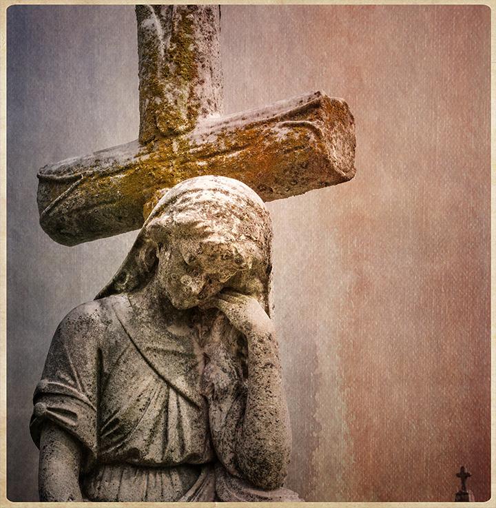 DSC_6315-cemetery-statue