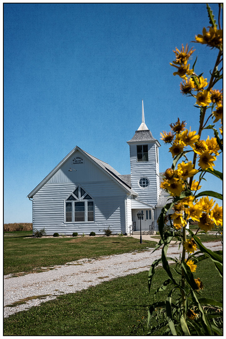 DSC_5567-ME-Church---Cedar-County-Historical-Society-Priarie-Village---Tipton,-IA