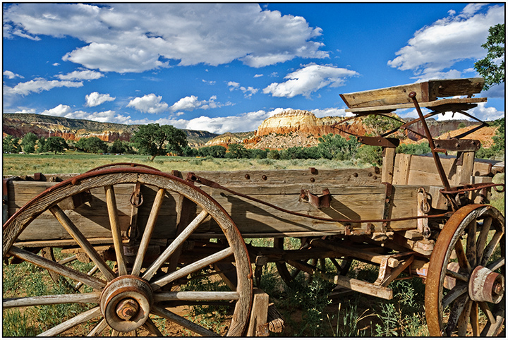 DSC_4305-wagon-at-ghost-ranch-reimagined-2016