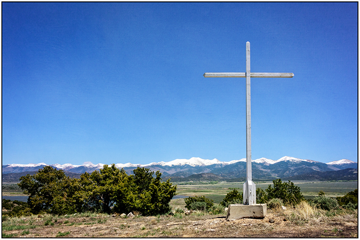 DSC_4234-wildhorse-mesa-bible-church-cross-culebra-peak
